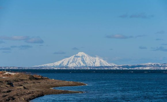 WAY EAST | Konichiwa Japan – Surf & Snow in Hokkaido